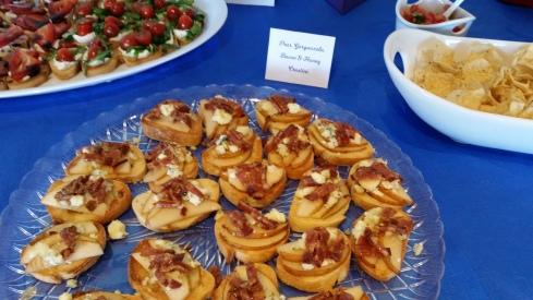 Pear, gorgonzola, bacon and honey crostini